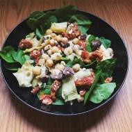 Greek Artichoke Salad with Sun-Dried Tomatoes