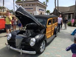 Ford Woody Black