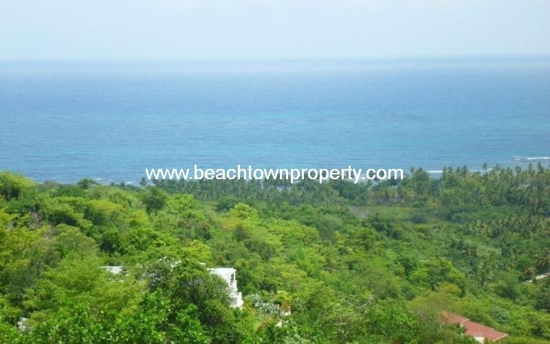 Ocean view land in gated community Las Terrenas Samana