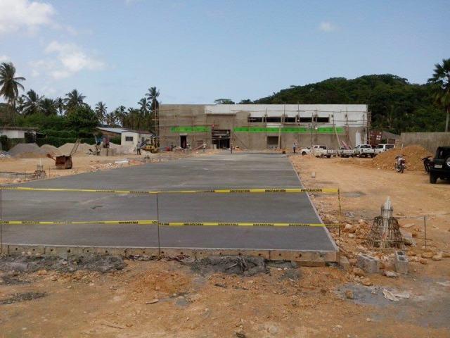 New Super Pola Supermarket in Las Terrenas