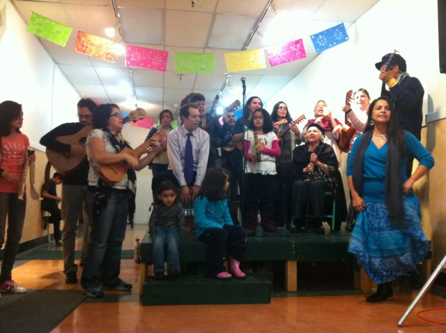 """Naranjas y Limas"" performed by Seattle Fandango Project"