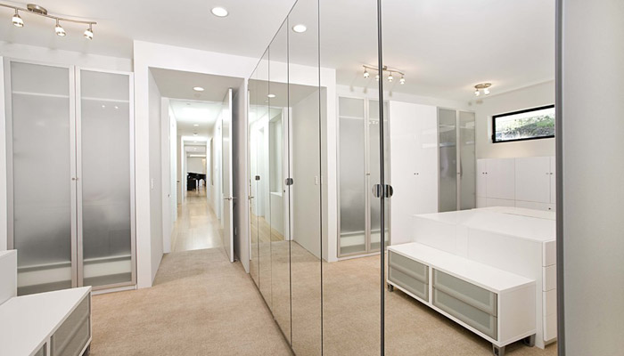 mirrored wall closet