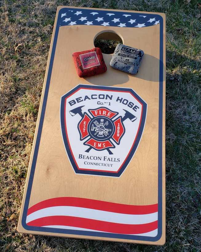 This image has an empty alt attribute; its file name is new-cornhole-boards-819x1024.jpg