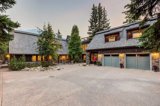 homes in canada for sale