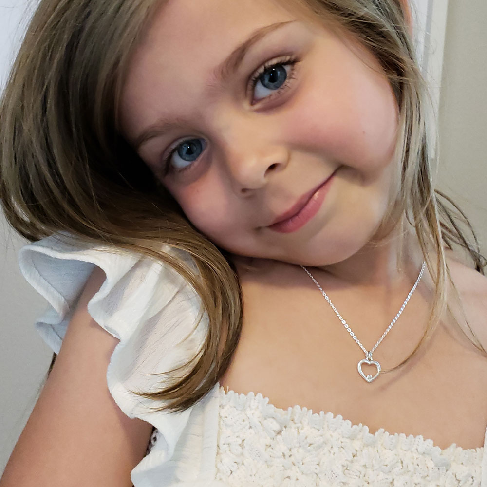 A Guide to Buying Children's Jewelry