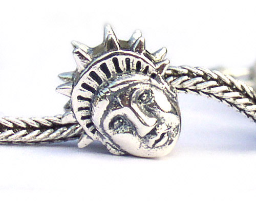 Tatue of Liberty Bead