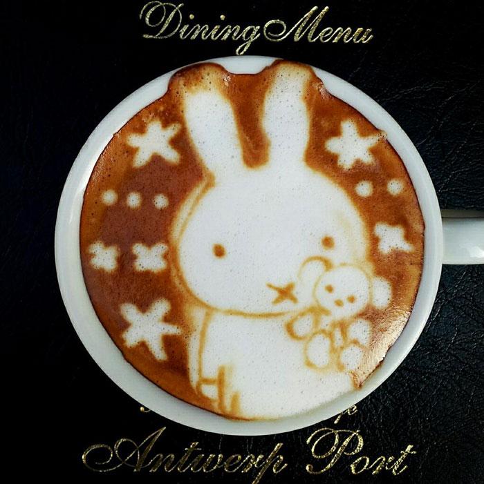 bunny rabbit latte art