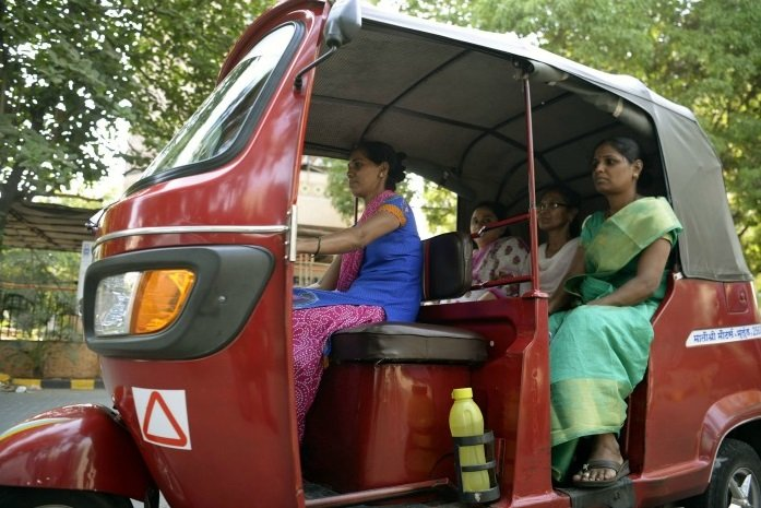 Female-Rickshaw-Driver-of-mumbai-Be-An-Inspirer
