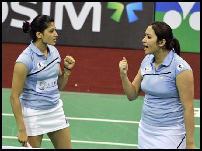 Ashwini-Ponnappa-with-Jwala-Gutta-Be-An-Inspirer