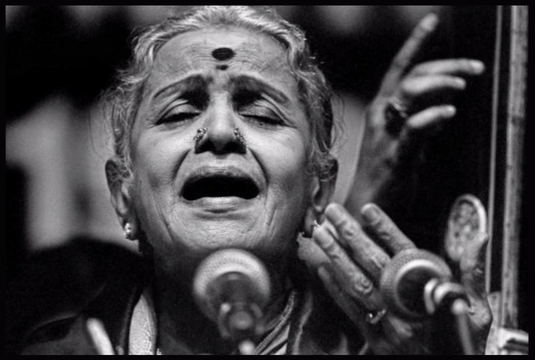 MS-Subbulakshmi-first-ever-Indian-Musician-to-receive-the-Bharat-Ratna-award-Be-An-Inspirer