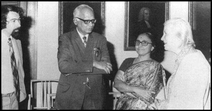Gopalsamudram-Narayana-Ramachandra-with-his-wife-Rajalakshmi-and-Dorothy-Hodgkin-Be-An-Inspirer