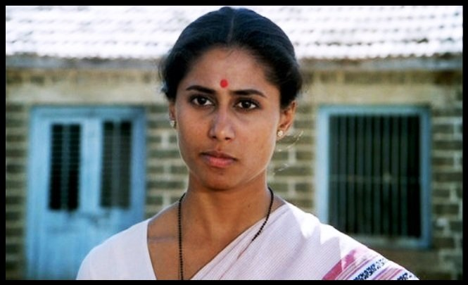 Smita-Patil-in-the-movie-Umbartha-Be-An-Inspirer