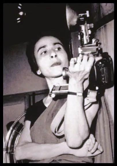 Homai-Vyarawalla-Indias-first-woman-photojournalist-Be-An-Inspirer