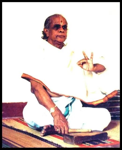 Bharatnatyam-Guru-Shri-Adyar-K-Lakshman-Be-An-Inspirer