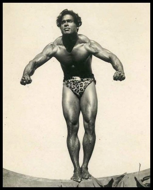 Bodybuilder-Monotosh-Roy-The-First-Indian-and-Asian-to-win-the-Mr-Universe-Title-1951-Be-An-Inspirer