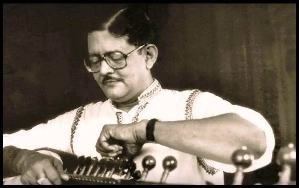 Sarod-Player-Pandit-Buddhadev-Dasgupta-Be-An-Inspirer