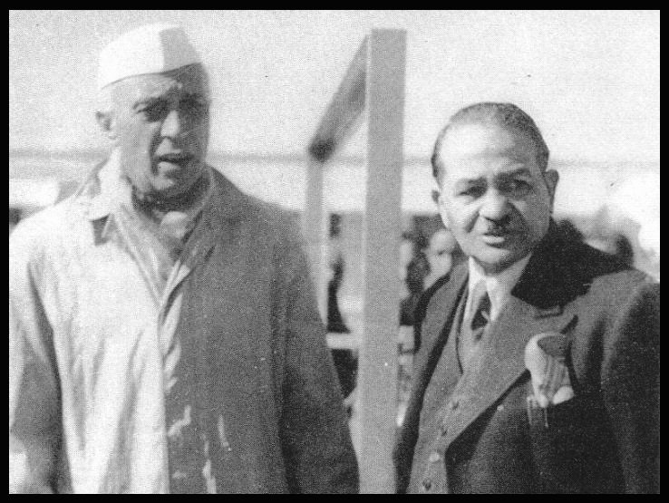 Sir-Shanti-Swaroop-Bhatnagar-with-Jawaharlal-Nehru-the-First-Prime-Minister-of-India-Be-An-Inspirer