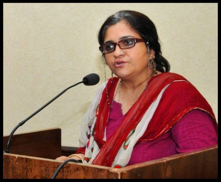 Teesta-Setalvad-Journalist-and-Civil-Rights-Activist-Be-An-Inspirer