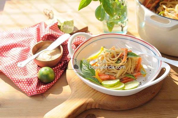 泰式花生義大利麵【一鍋到底】One Pot Wonder Thai Style Peanut Pasta