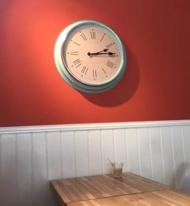 clock wall Twickenham coffee