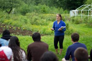 Elizabeth Kaplan teaching in Garden