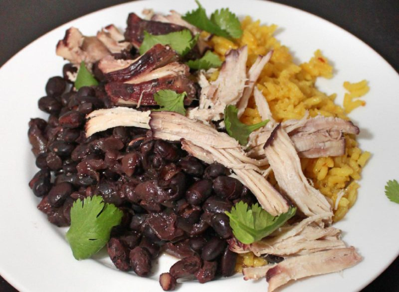 Slow Cooker Black Beans with Chicken   slow cooker recipes   healthy recipes   BearandBugEats.com