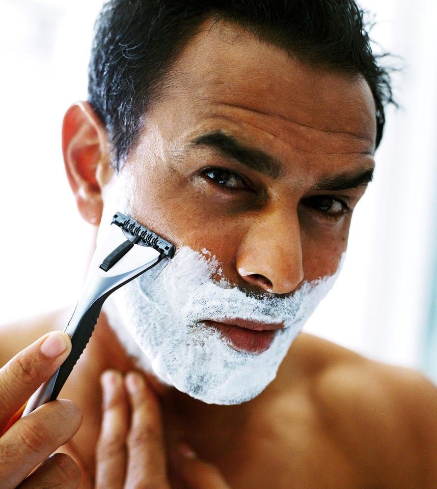 shaving-razor-patchy-beard