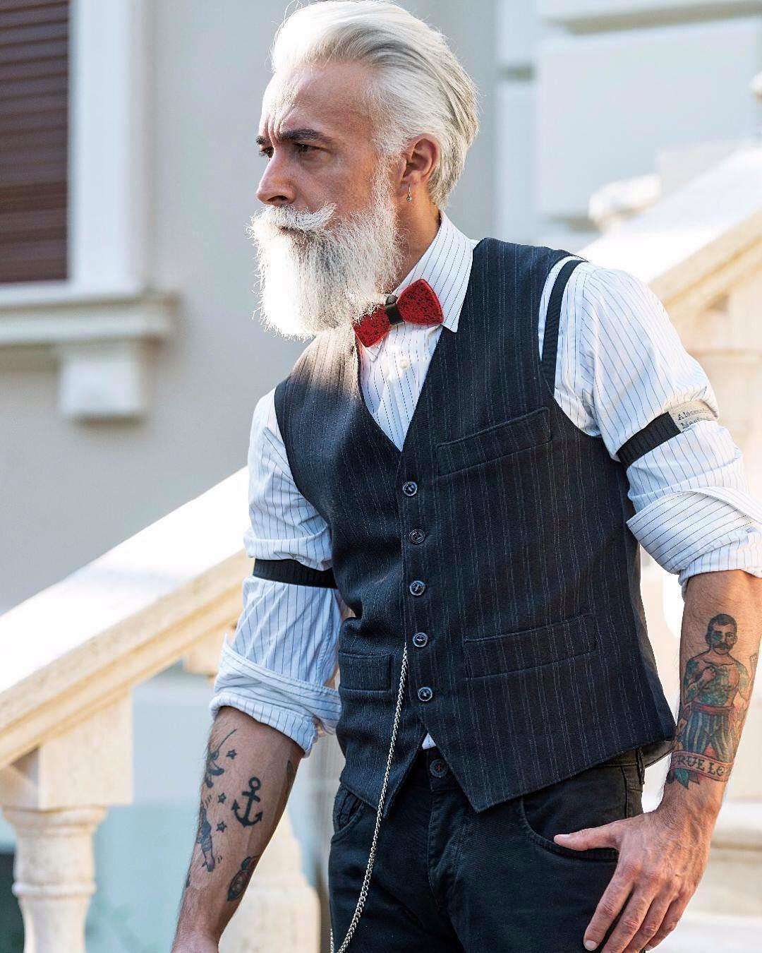 white-moustache-bandholz