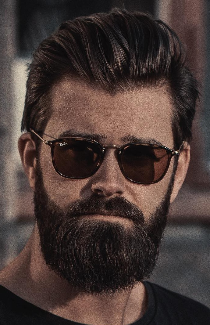Bushy Beard Style for Men To Rock This Season