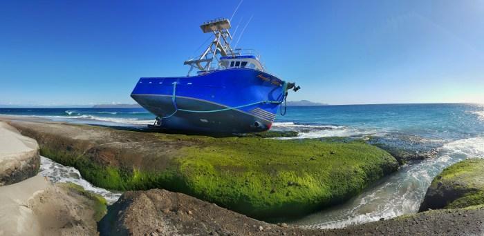 Boat Crashed on short near Skunk Point