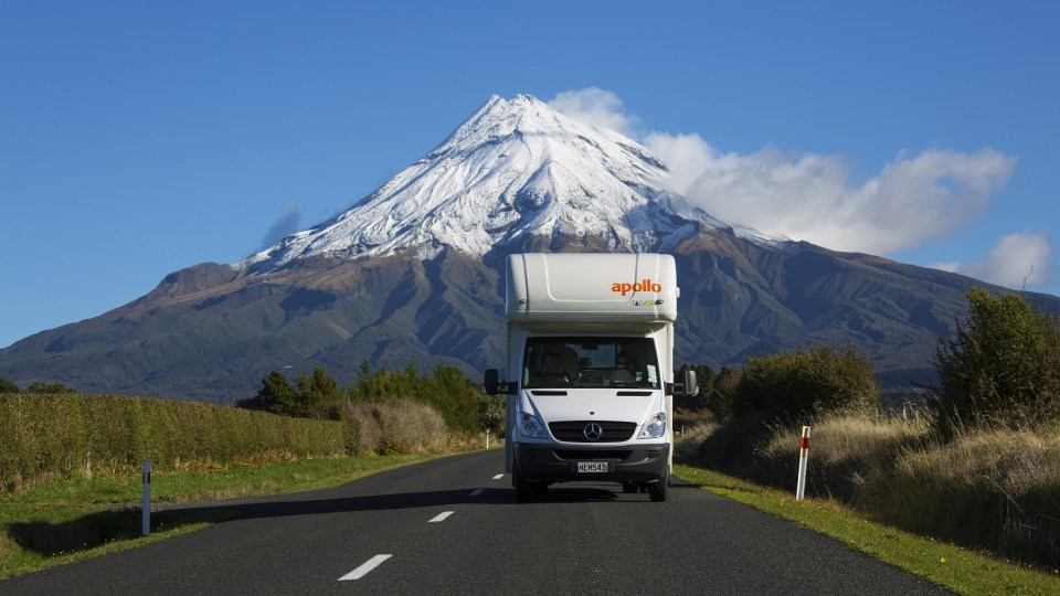 Backpackers Guide to Buying a Car in New Zealand, beardandcurly.com