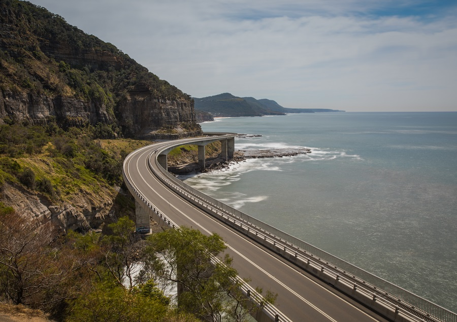 Best Places to Visit in New South Wales, Sydney Opera House, Sydney Harbour Bridge, Bondi, Beach, Manly, Sydney Rock Pools, Mona Vale Rock Pool, Blue Mountains, Three Sisters, Bombo Quarry, Kiama, Cathedral Rock, Jarvis Bay, Hyams Beach, Figure 8 Pools, Wedding Cake Rock, beardandcurly.com