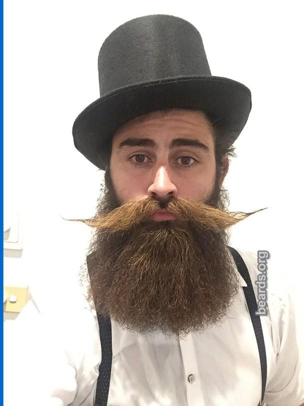 Kurtis, beard photo 3