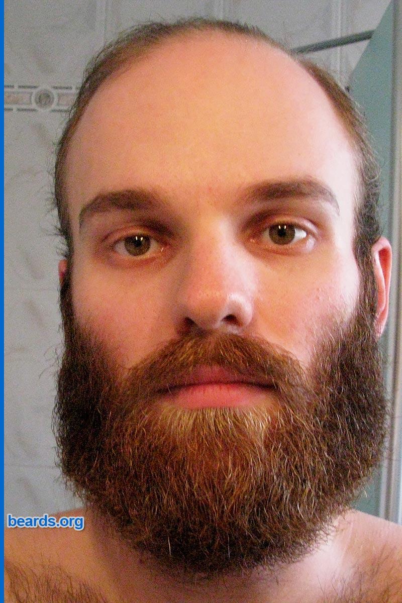 Michael's beard in 2015, image 1