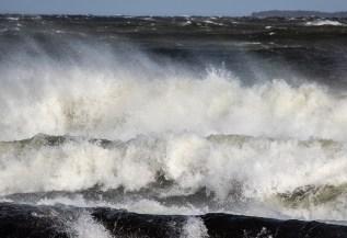 180810-171239-waves-1D8A6415