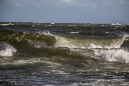 180810-172744-waves-1D8A6833