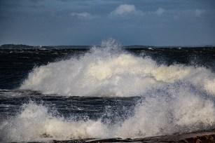 180810-174814-waves-1D8A7523