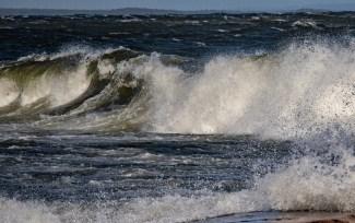 180810-174820-waves-1D8A7536