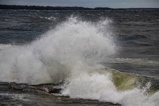 200705-193149-waves-1D8A4120
