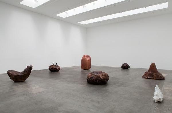 Alma Allen 2015 installation view Courtesy Blum & Poe