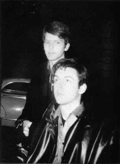 Paul McCartney and Jürgen Vollmer in Paris, September 1961