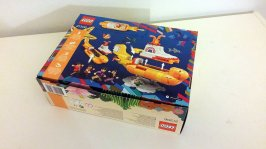 The Beatles' LEGO Yellow Submarine box