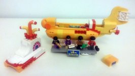 The Beatles' LEGO Yellow Submarine – inside the sub