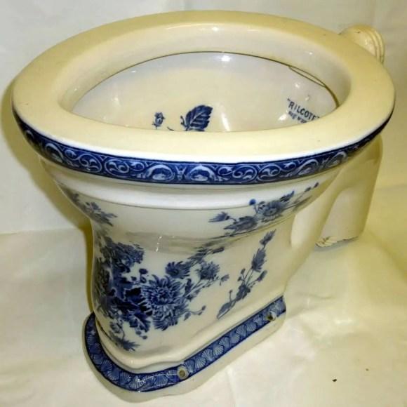John Lennon's toilet from Tittenhurst Park, Ascot