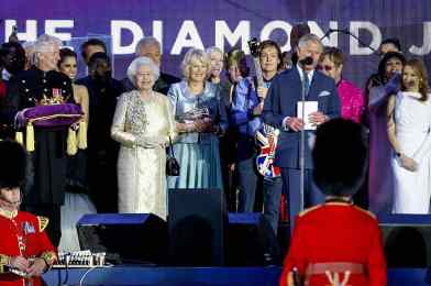 Paul McCartney and others at the Queen's diamond jubilee, 4 June 2012
