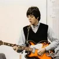 paul-mccartney-1966-epiphone-casino.jpg
