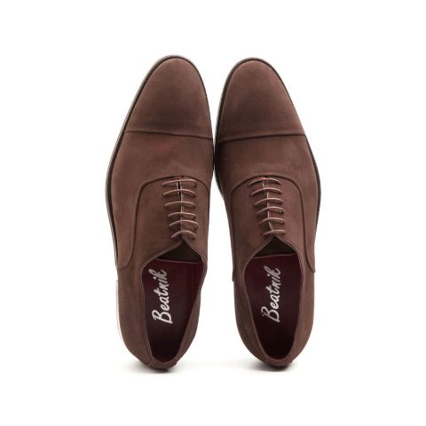 Oxfords en ante marrón hechos a mano en España por Beatnik Shoes