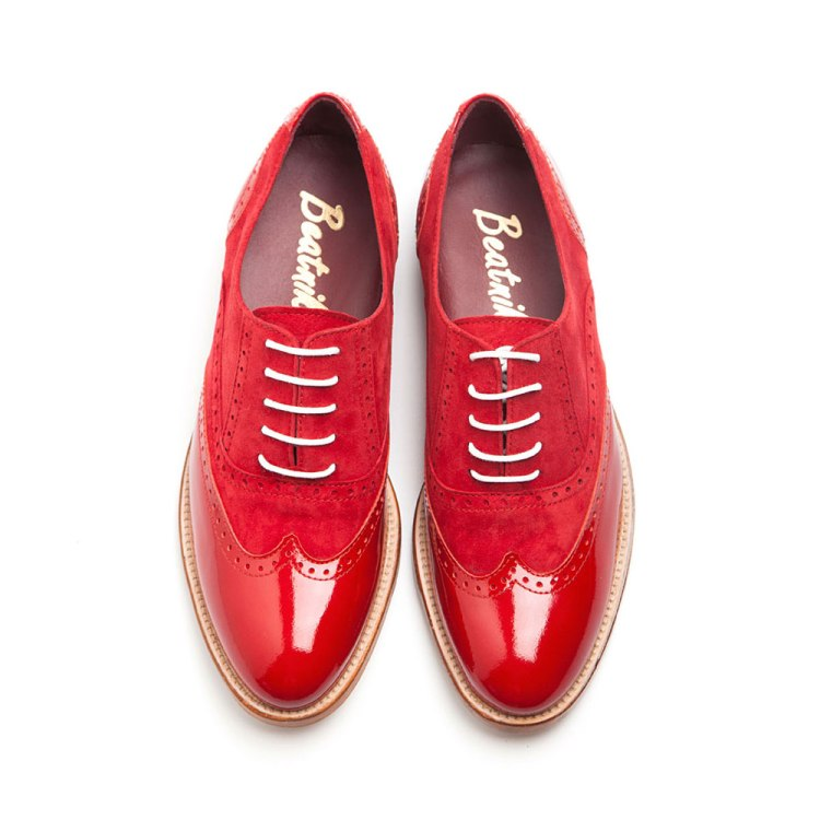 Lena Too red zapato estilo Oxford para mujer por Beatnik shoes