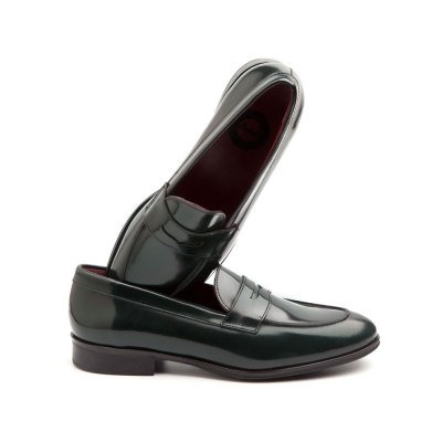 loafers verdes de mujer por Beatnik Shoes