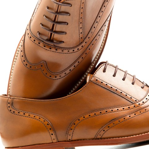 Brown laces shoes for women handmade in Spain by Beatnik Shoes